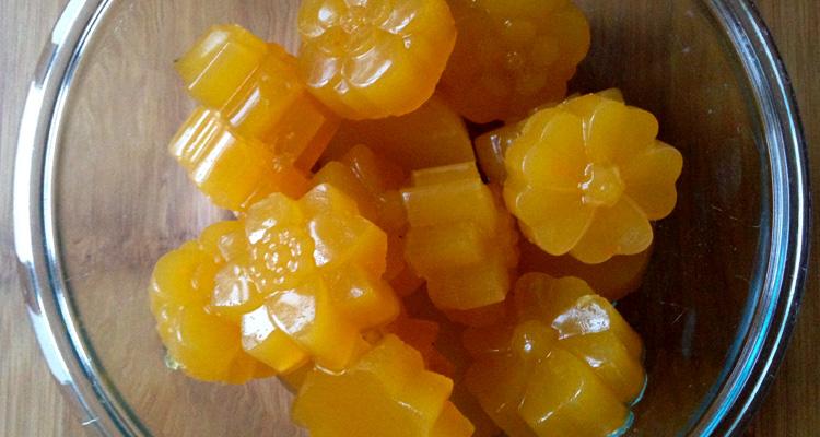 Homemade No-Sugar Gummies